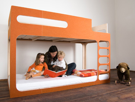 AMBERinthe SKY - A Great Playing Bed for Your Child