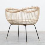 Babycrib Lola: Modern Rattan Baby Crib with Metal Stand