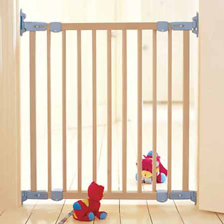babydan_wooden_flexi_fit_safety_gate
