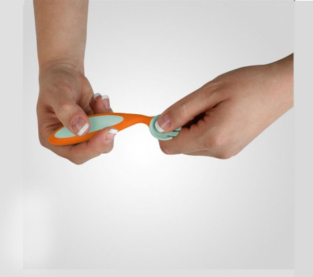 Boon Benders Adaptable Utensils : A Great Choice for First-Time Utensils Using Babies