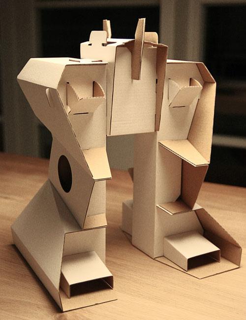 Calafant Cardboard Robot