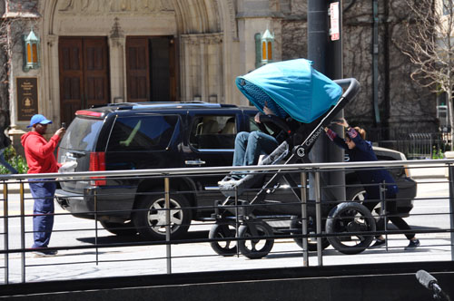 Contours Baby Stroller Test-Ride: Do You Want to Know What Your Baby Feels When Riding A Stroller?