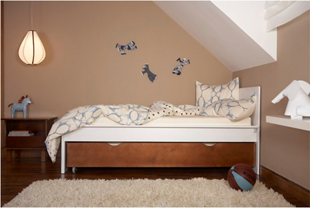 Dinosaur Print Organic Crib Bedding Gives Soothing Bed