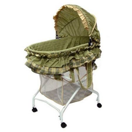 Dream On Me Bassinet Is A Place Where Your Babies Can Sleep And Play Comfortably