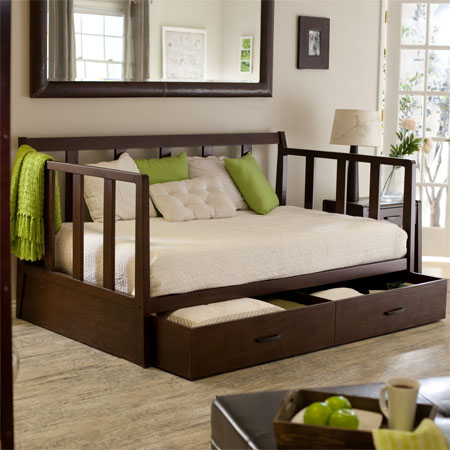 easton daybed