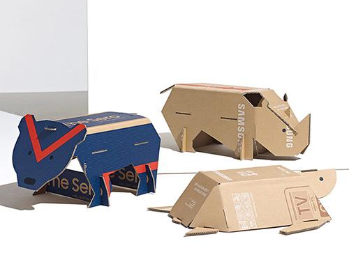 Endangered Animals Cardboard by Studio Fantasio