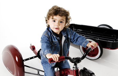 Stylish Enzo Trike with Buddy Wag for Ultimate Fun