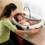Fisher-Price Calming Waters Vibration Bathing Tub For A Calm Bath Time