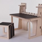 Forteresse Castle Desk for Kids by At Once