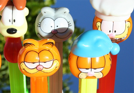 Garfield with Visor Pez Dispenser