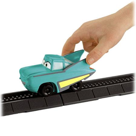 pixar cars toys. geotrax-disneypixar-cars-flo-v