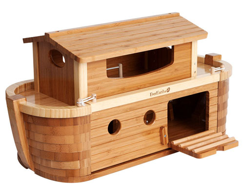 Giant Noah's Ark from Giggle