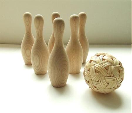 gochi bowling set