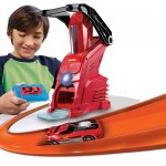 Your Kid Can Make His Own Car with Hot Wheels Car Maker Playset