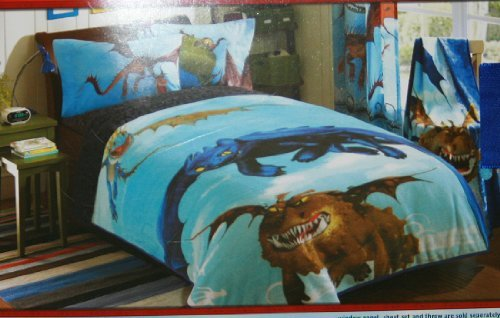 How to Train Your Dragon Plush Bed Blanket - How to Train Your Dragon Bedroom Decor