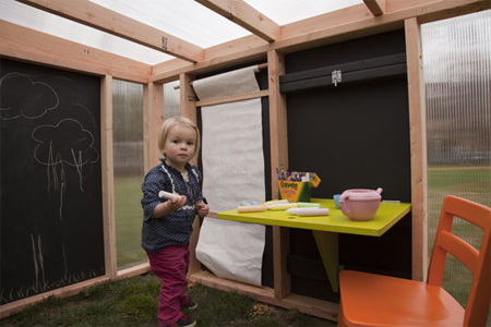 playhouse child friendly interior surfaces | Kiddo Cabana – An Ultimate Playhouse for Your Kids ...