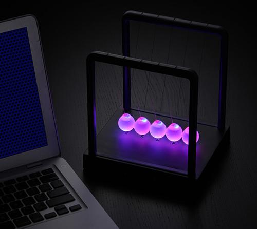 Kinetic Light Newton's Cradle