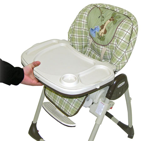 nambia high chair makes mealtime a pleasant one both at