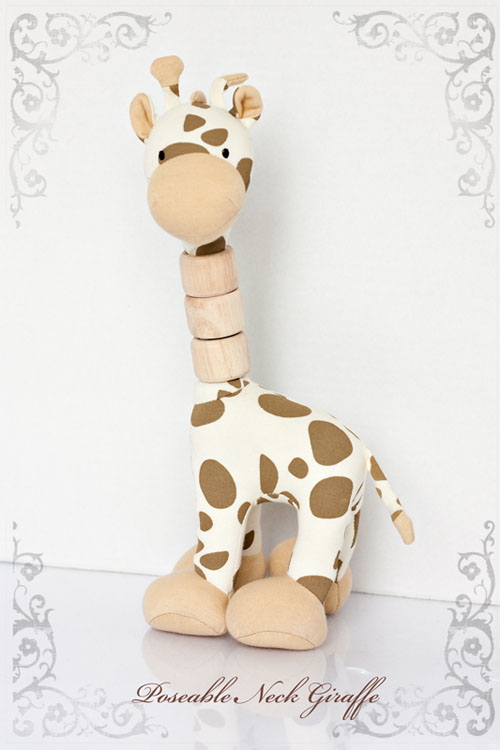 Jasper's Jungle Toy Collection Poseable Neck Giraffe
