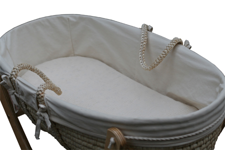The Seed Organic POD Lets Your Baby Sleep in Nature