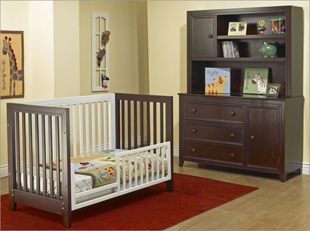 Good Sorelle City Lights Convertible Two Tone Crib