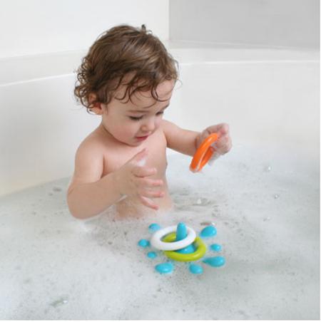 splat floating ring toss enhances your kids bathing fun