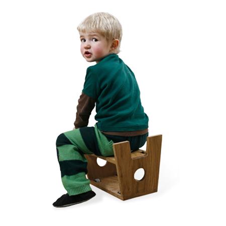 stool-cum-pushing-wagon-3
