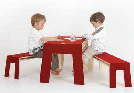 the oskar table and bench