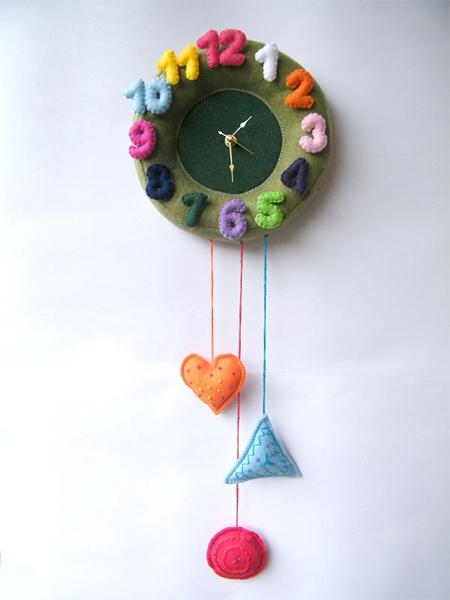 wall felt clock