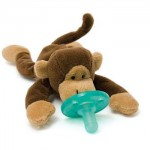 How to Keep Pacifier in Baby's Mouth? Try Wubbanub Plush Toy Pacifier!